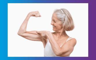 volwassen dame met fitte spieren